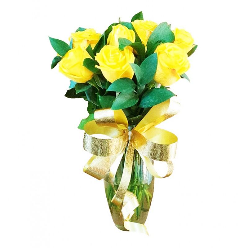 Arranjo com 12 Rosas Amarelas no Vaso de Vidro