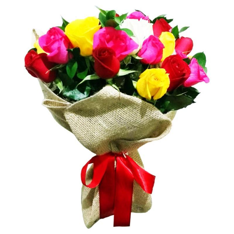 Buquê Colorido 45cm com 18 Rosas Coloridas