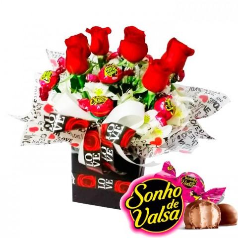 Buquê no Cachepô com 6 Rosas  + 10 Bombons Sonhos de Valsa