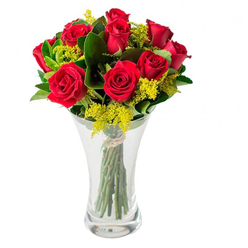 Arranjo com 12 Rosas no Vaso de Vidro