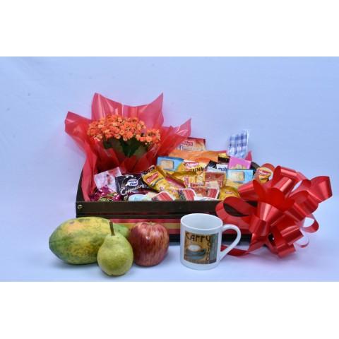 Cesta de Café Standart + Frutas + Caneca